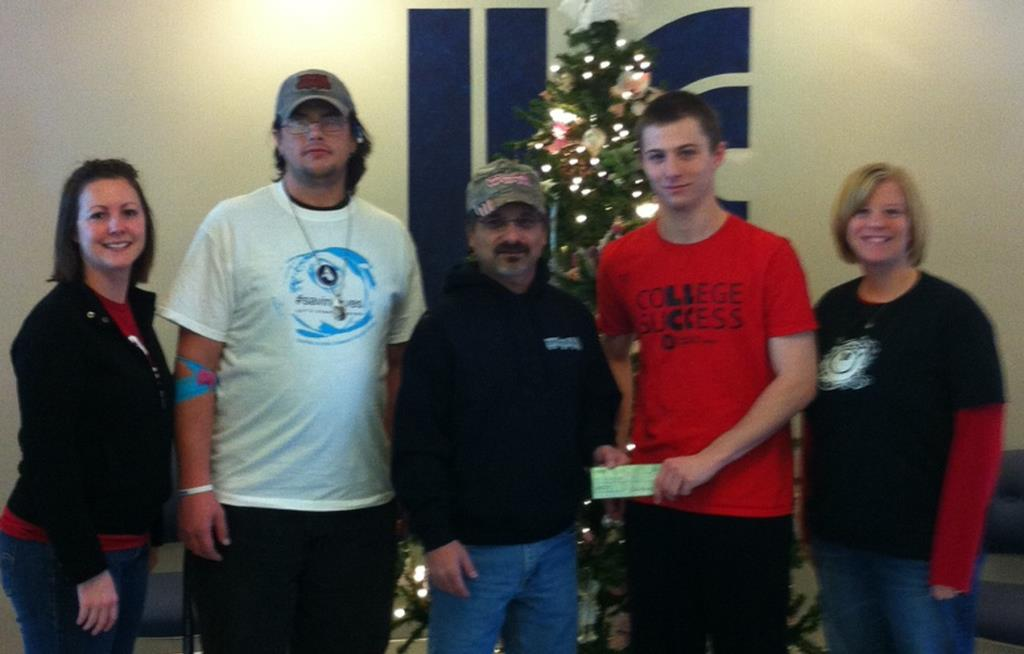 LLCC club donates to Toys for Tots
