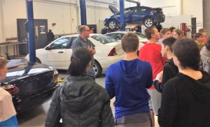 Students in Auto Technology lab