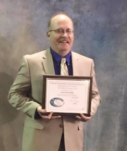 Bill Harmon with Illinois Outstanding Postsecondary Agriculture Program Award